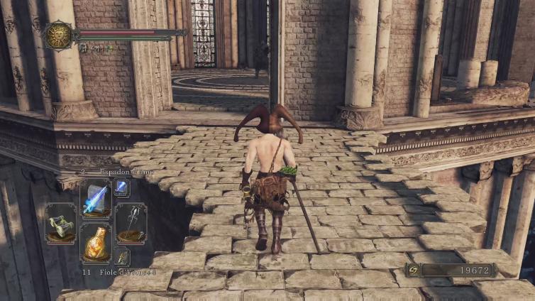 DTLA Natsu playing Dark Souls II: Scholar of the First Sin